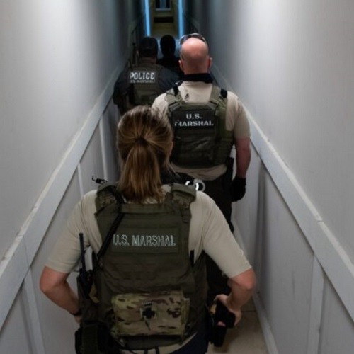 .jpg photo of U.S. Marshalls in Georgia rescue of Children